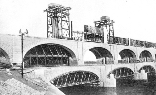 TWO DECKS, OR ROADWAYS, are built on the Lloyd Barrage, which crossed the River Indus