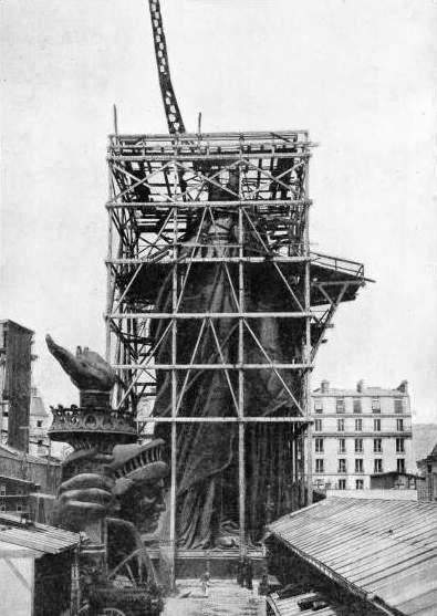 TRIAL ASSEMBLY of the Statue of Liberty in Paris